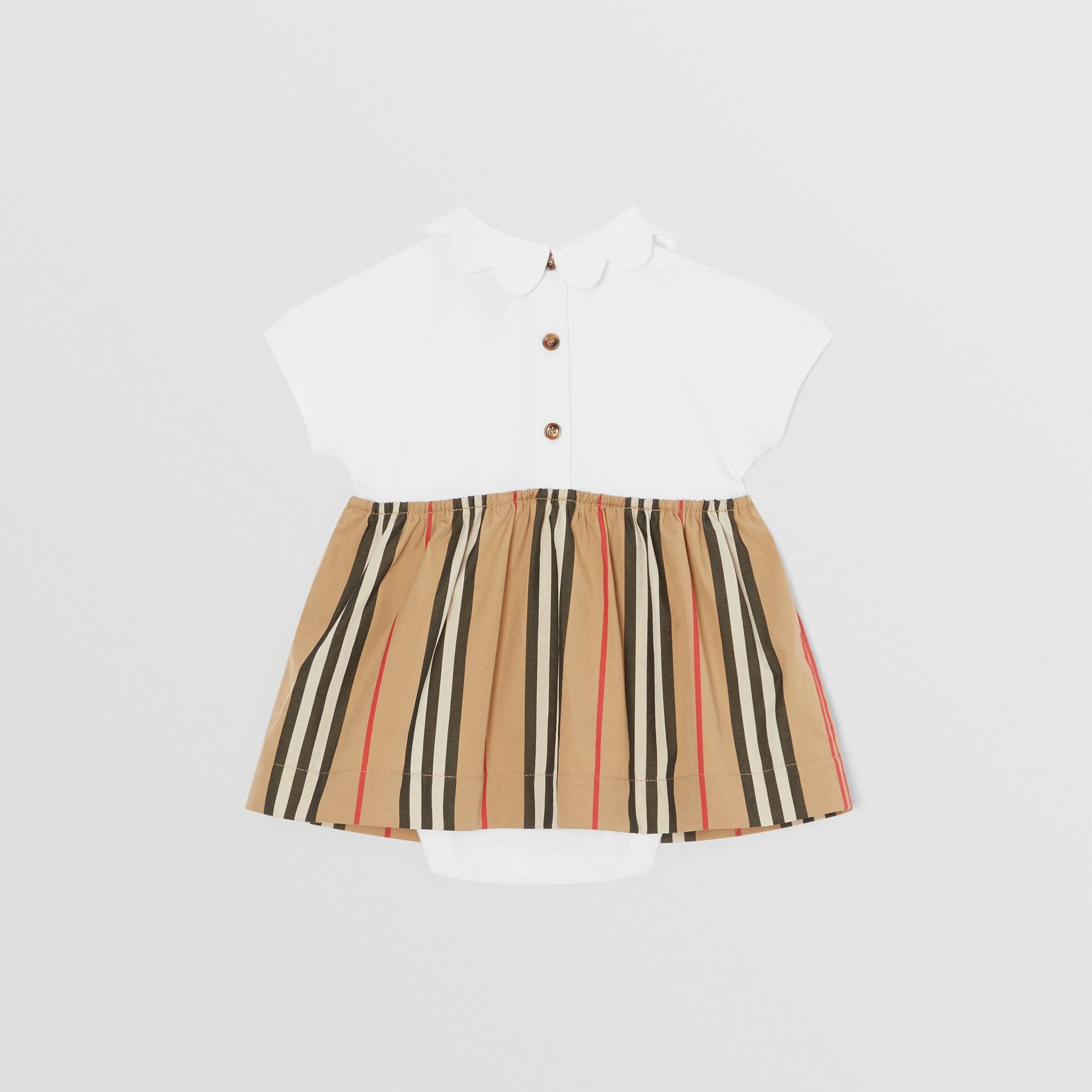 Body in cotone piqué con gonnellina con iconico motivo a righe (Bianco) - Bambini | Burberry - immagine della galleria 3