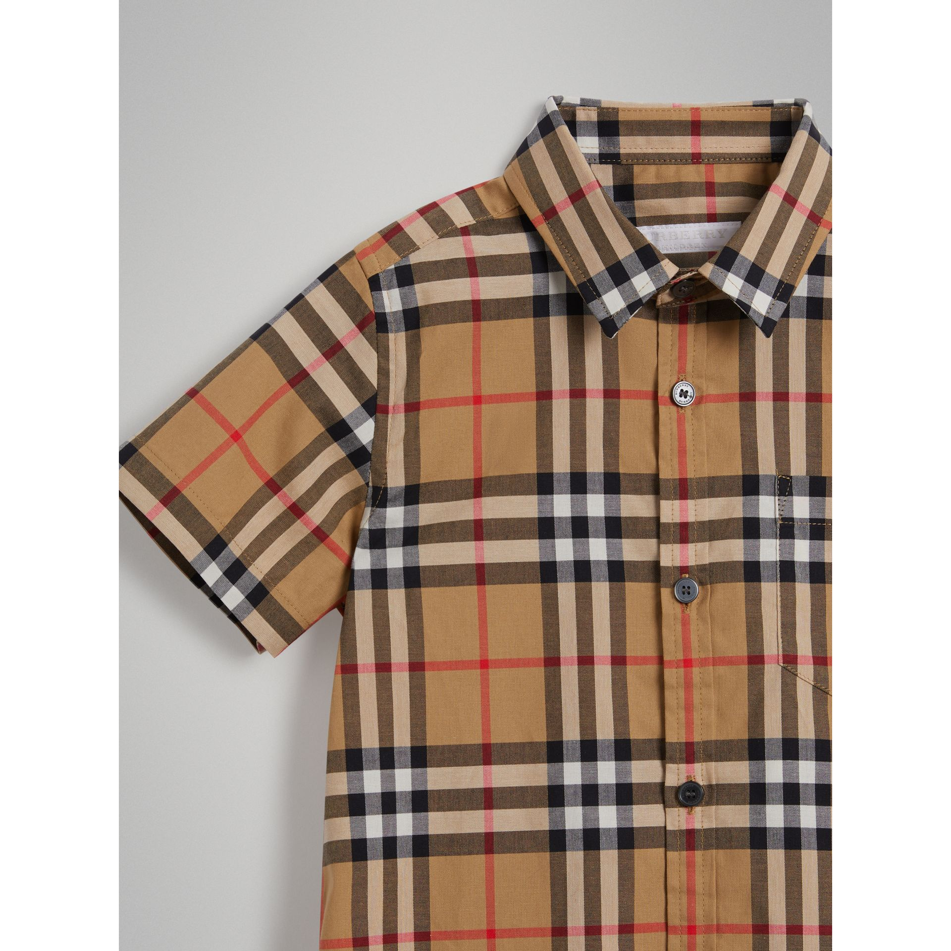 Short-sleeve Vintage Check Cotton Shirt in Antique Yellow - Boy | Burberry Australia - gallery image 4