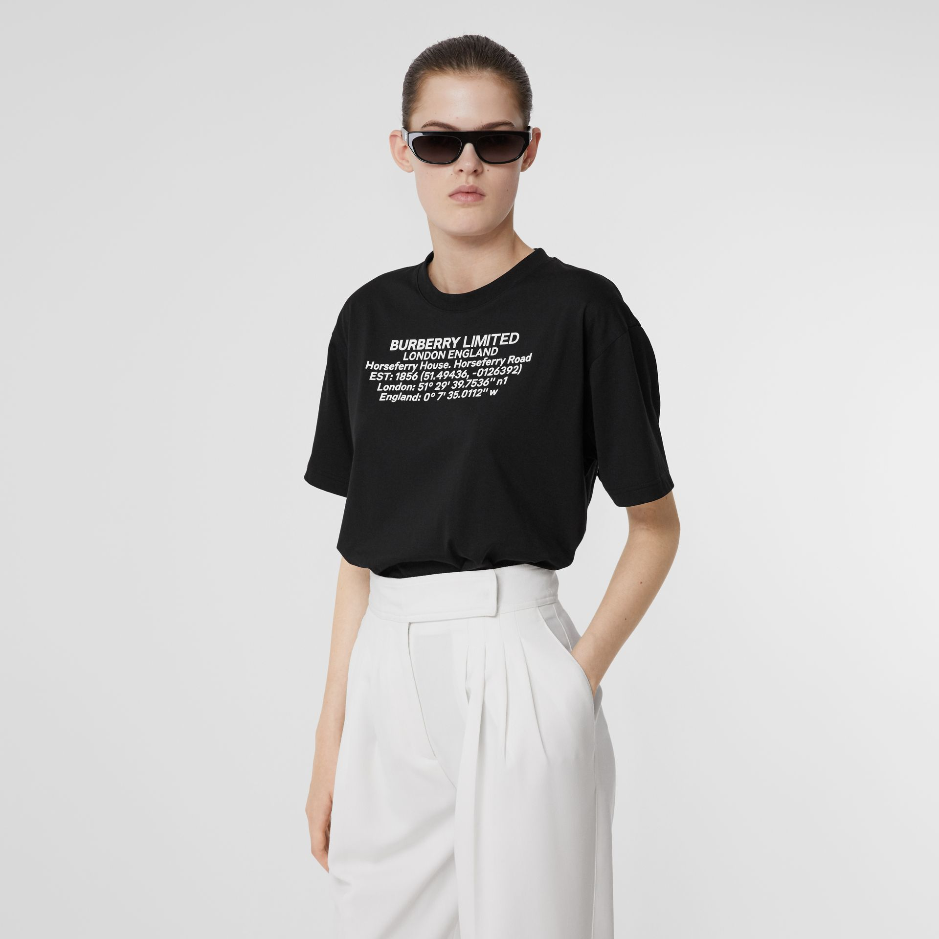 Location Print Cotton Oversized T-shirt in Black - Women | Burberry - gallery image 4
