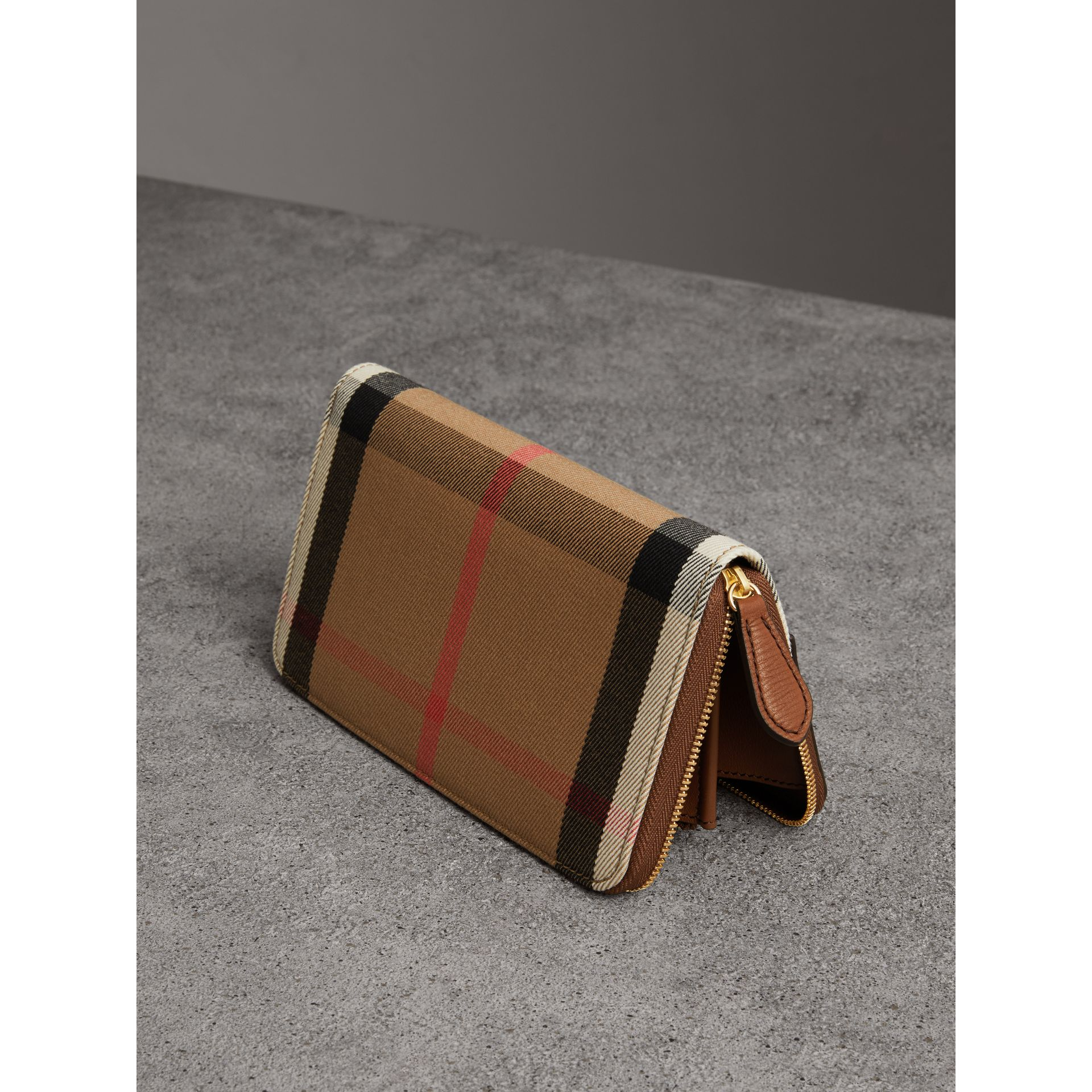 House Check and Leather Ziparound Wallet in Brown Ochre - Women | Burberry - gallery image 2