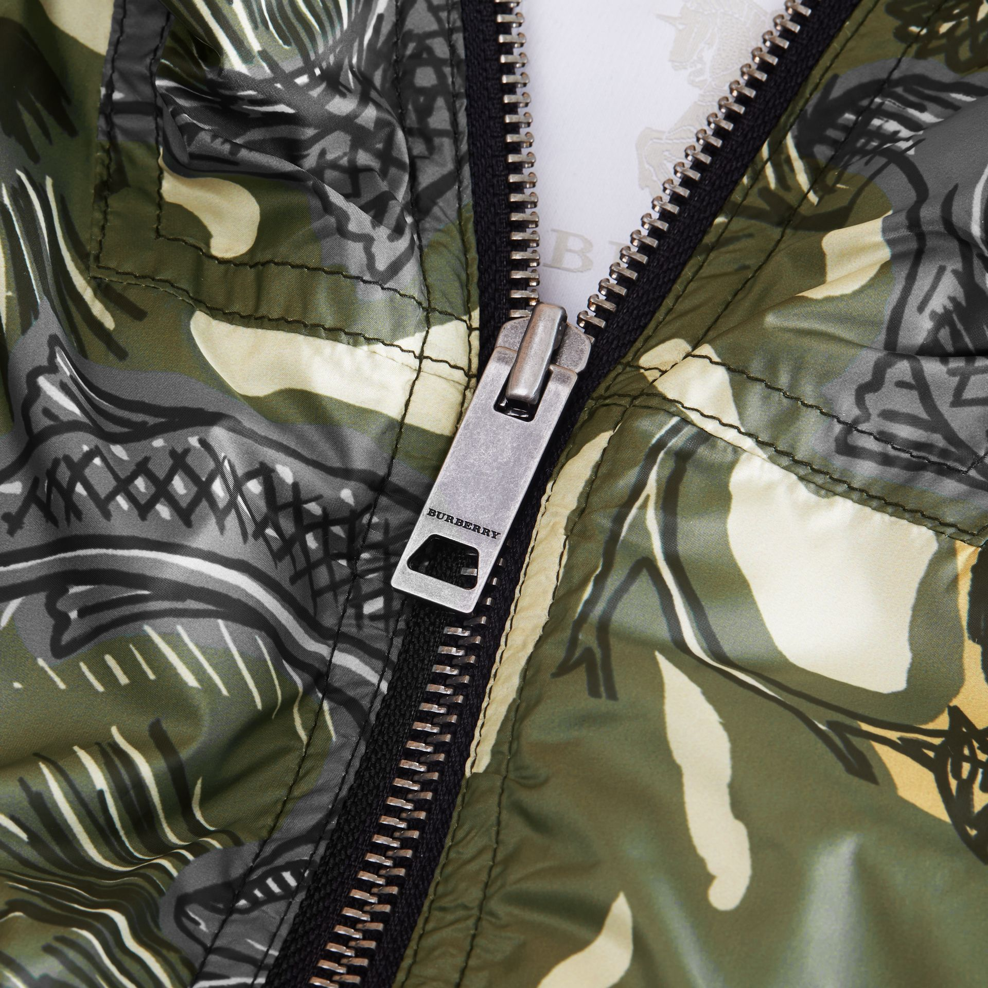 Beasts Print Hooded Bomber Jacket in Sage Green | Burberry - gallery image 2