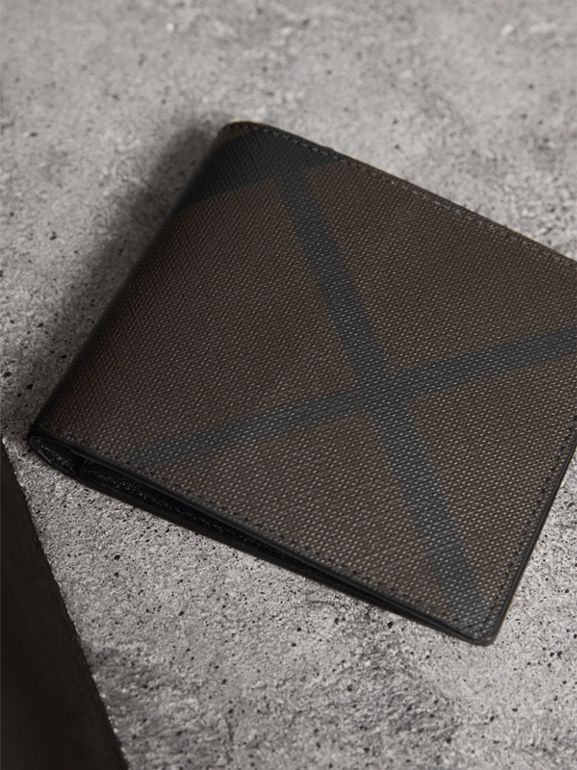 London Check ID Wallet in Chocolate/black - Men | Burberry - cell image 1