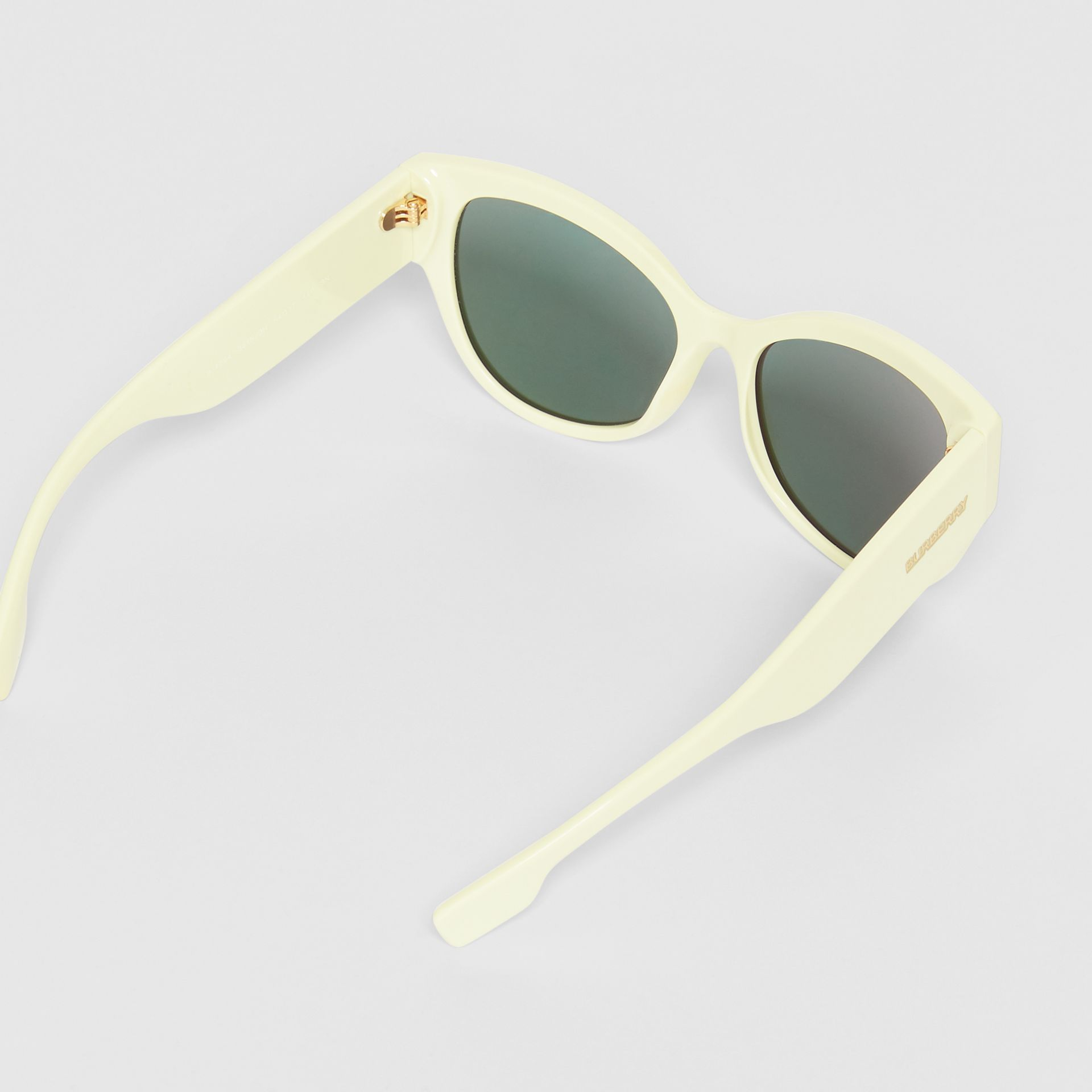 Butterfly Frame Sunglasses in Pistachio - Women | Burberry - gallery image 4