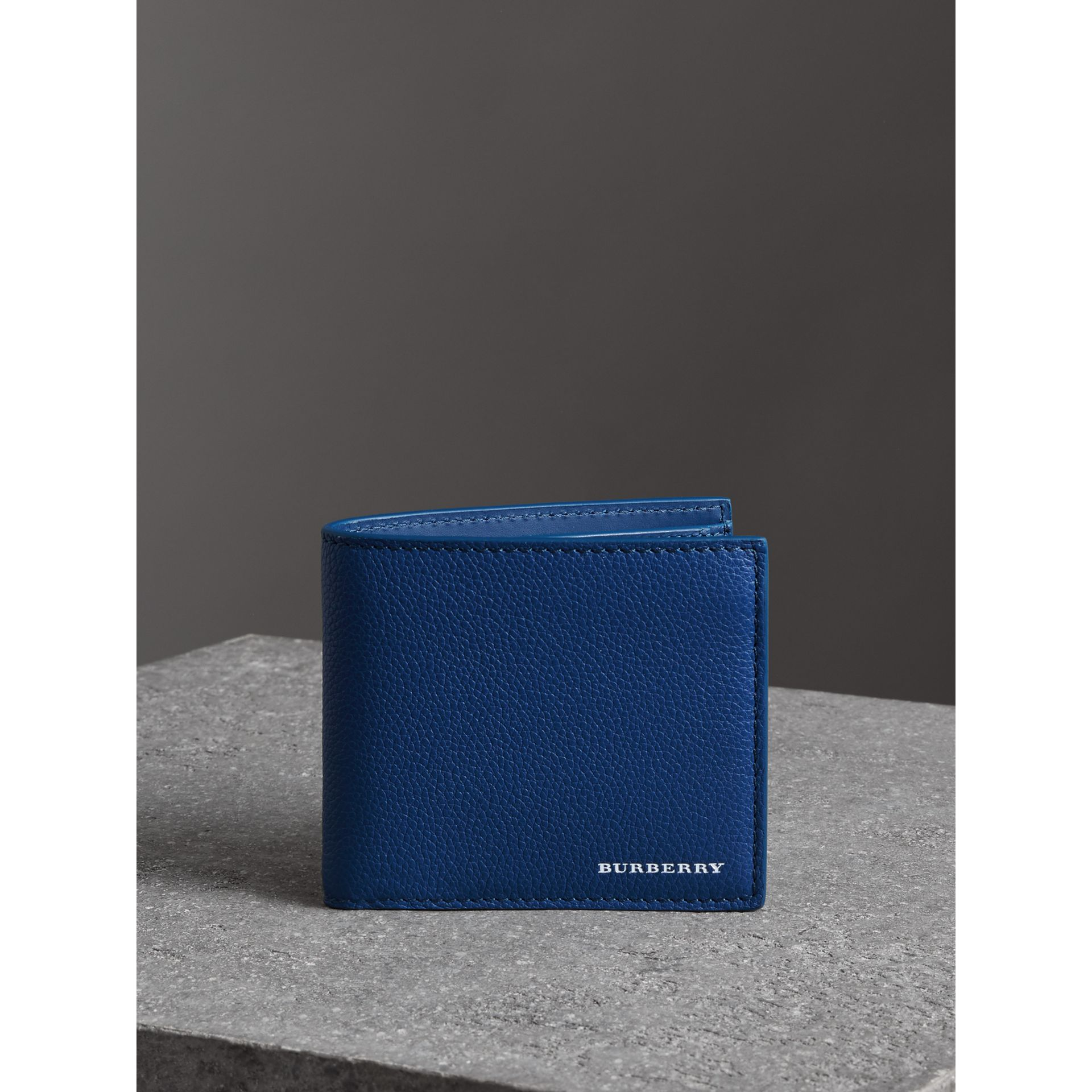 Grainy Leather International Bifold Coin Wallet in Bright Ultramarine - Men | Burberry Canada - gallery image 4