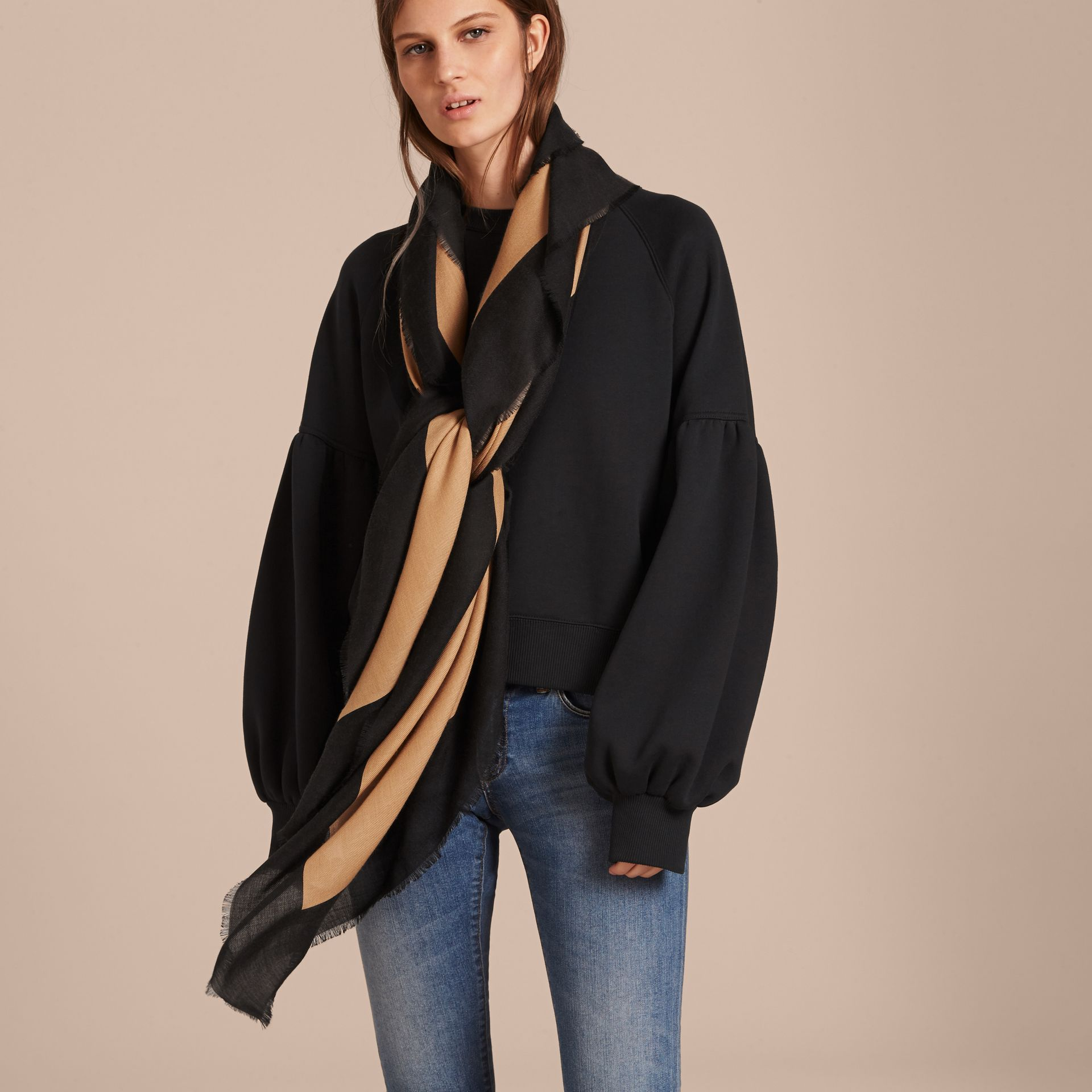 Burberry Print Cashmere Blend Scarf Camel/black - gallery image 3