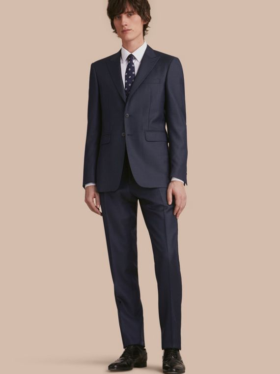 Modern Fit Wool Silk Part-canvas Suit