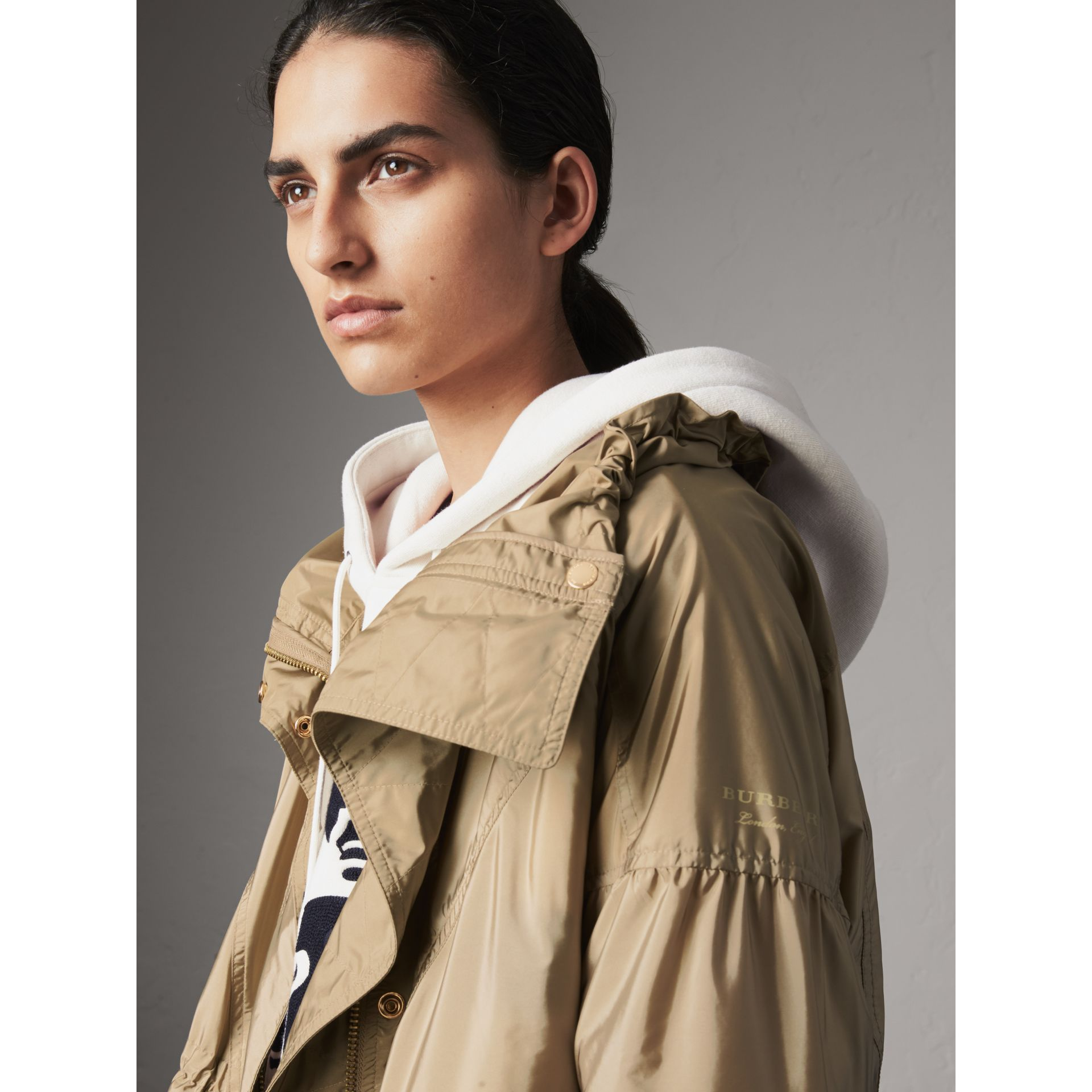 Packaway Hood Lightweight Rain Jacket in Sisal - Women | Burberry - gallery image 2