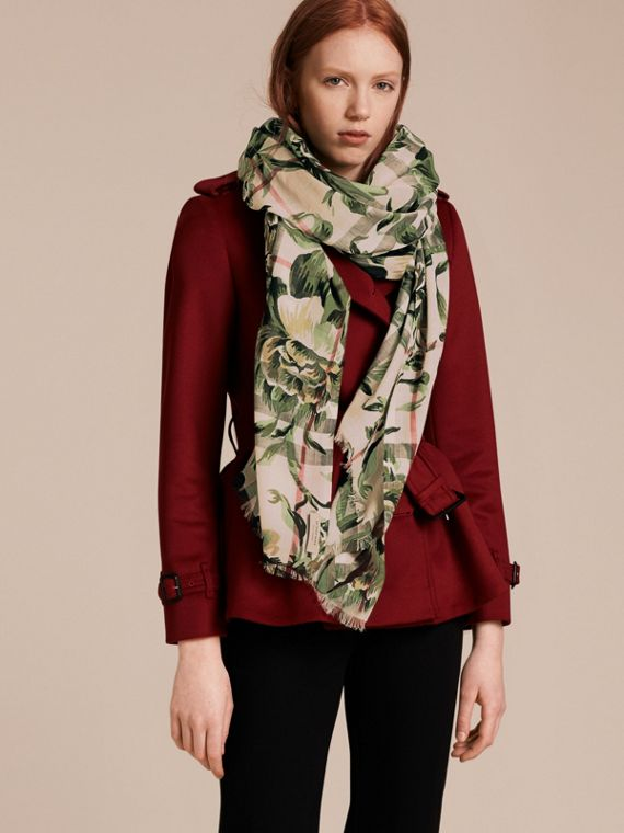 Peony Rose Print Check Wool Silk Scarf in Stone/apple Green - cell image 2