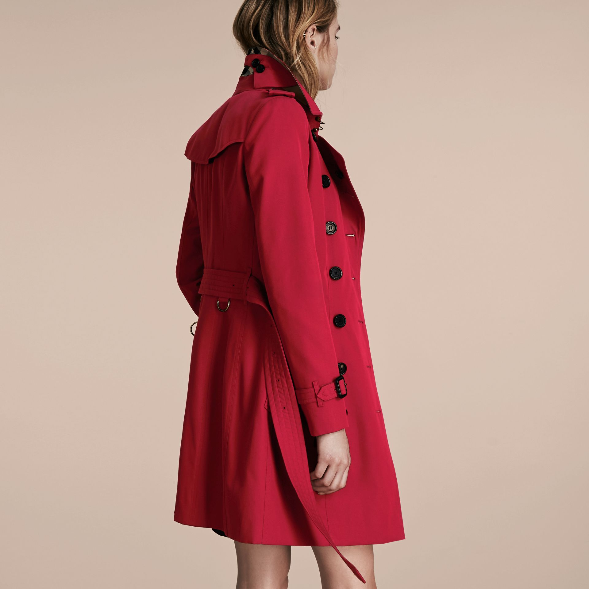 Parade red The Chelsea – Mid-length Heritage Trench Coat Parade Red - gallery image 3