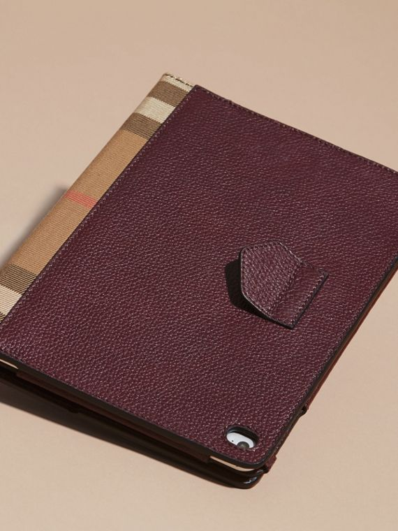 Grainy Leather and House Check iPad Case in Wine - cell image 3