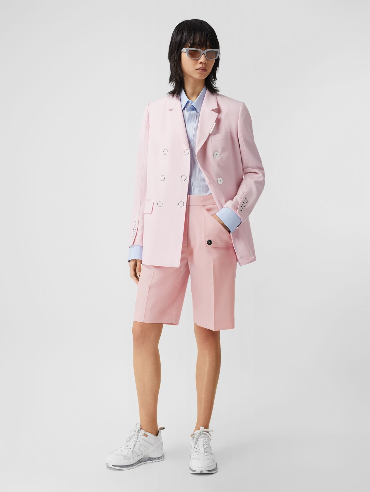 Pocket Detail Tumbled Wool Tailored Shorts (Soft Pink)