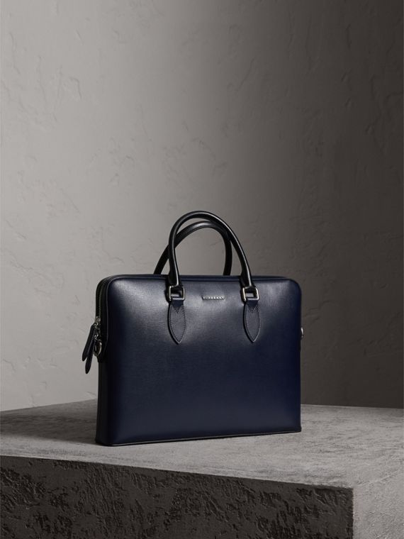 The Slim Barrow in London Leather in Dark Navy/black