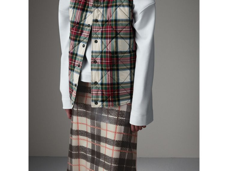 Gonna svasata in plastica con fodera in seta e motivo tartan (Nero/beige) - Donna | Burberry - cell image 4