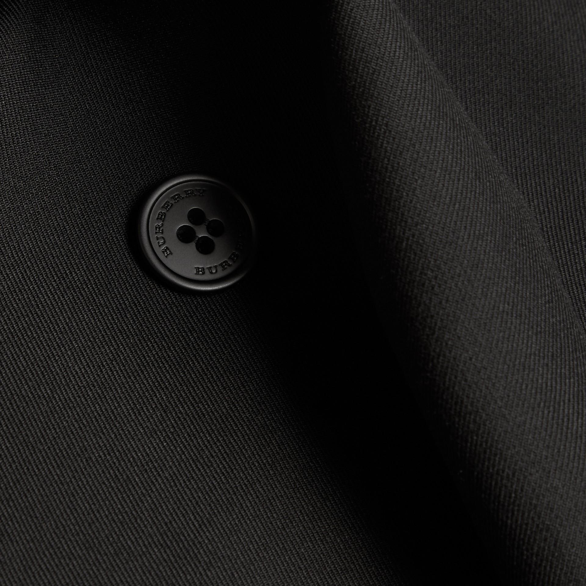 Nero Trench coat in twill di lana dal taglio comodo - immagine della galleria 2