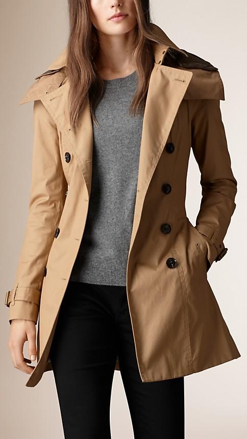 trench coat capuche avec gilet int rieur camel clair burberry. Black Bedroom Furniture Sets. Home Design Ideas