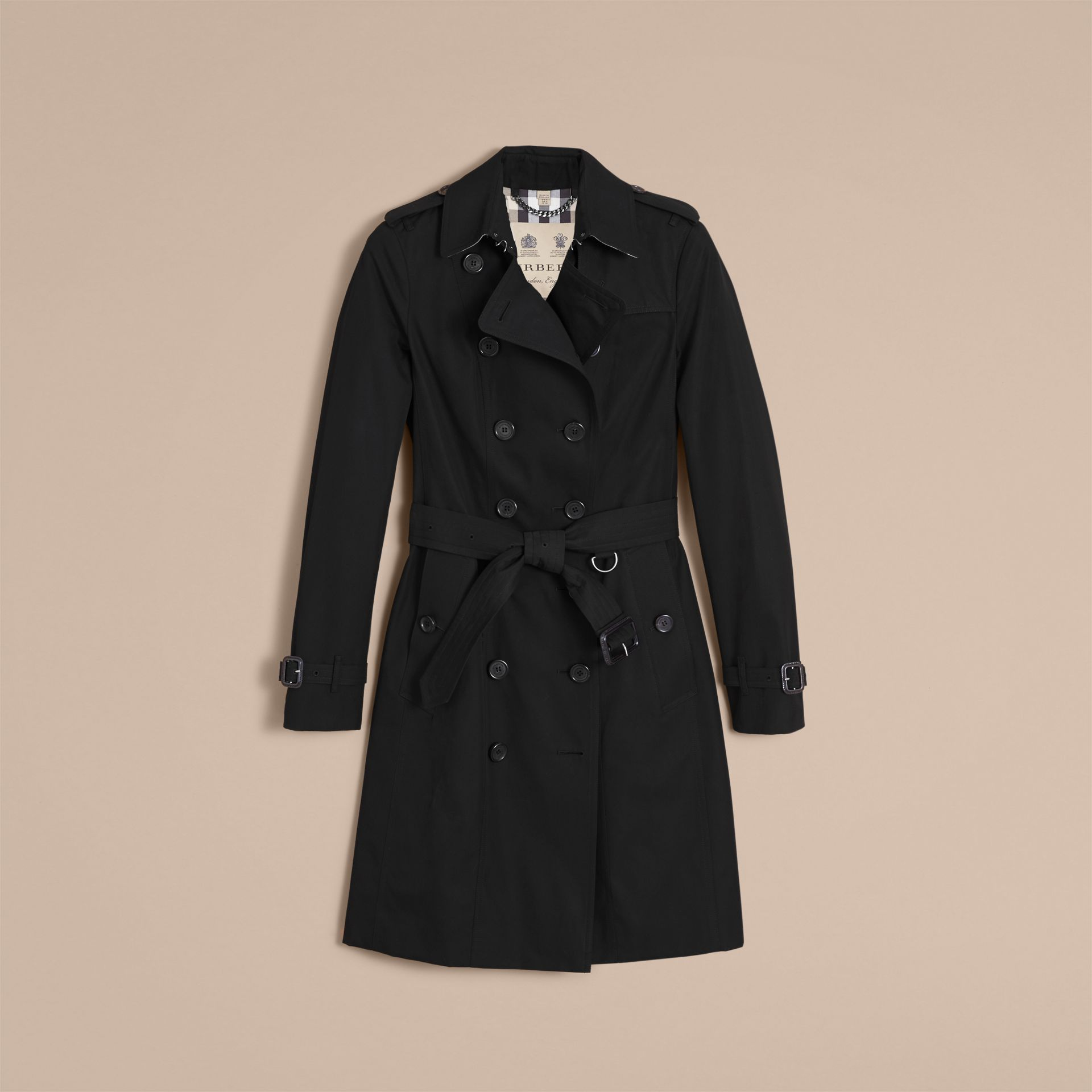 The Sandringham – Long Heritage Trench Coat in Black - Women | Burberry - gallery image 4