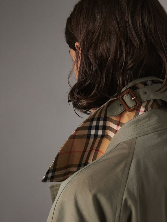 The Brighton – Extra-long Car Coat in Chalk Green - Women | Burberry United States - cell image 1