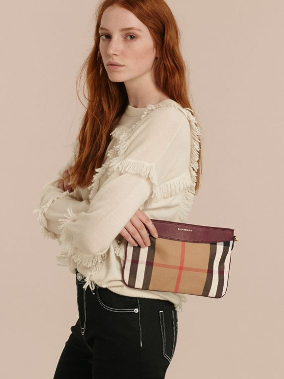 House Check and Leather Clutch Bag in Mahogany Red - cell image 3