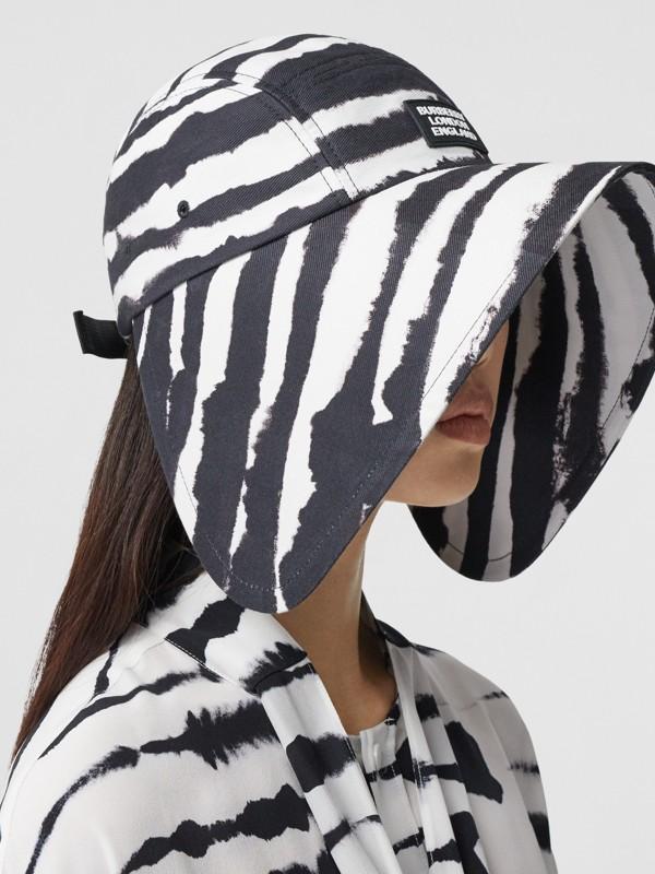 Watercolour Print Cotton Bonnet Cap in Black/white | Burberry United States - cell image 2
