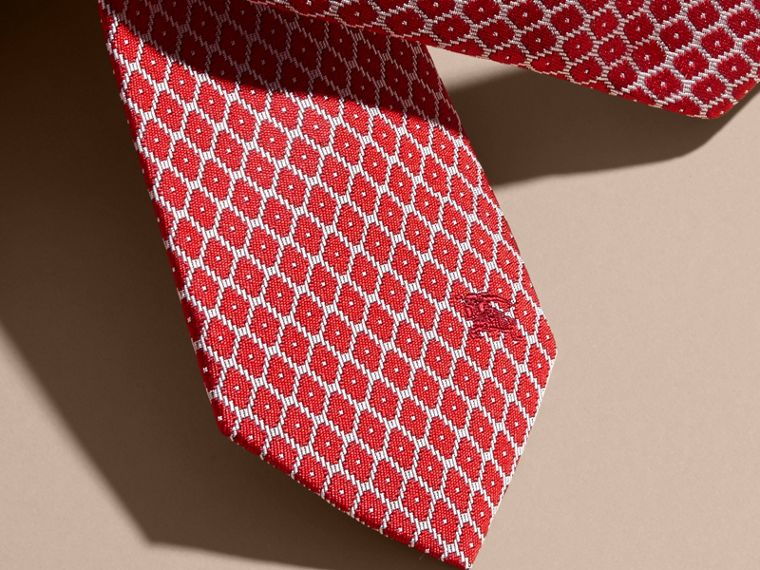 Rouge parade Cravate jacquard moderne en soie Rouge Parade - cell image 1