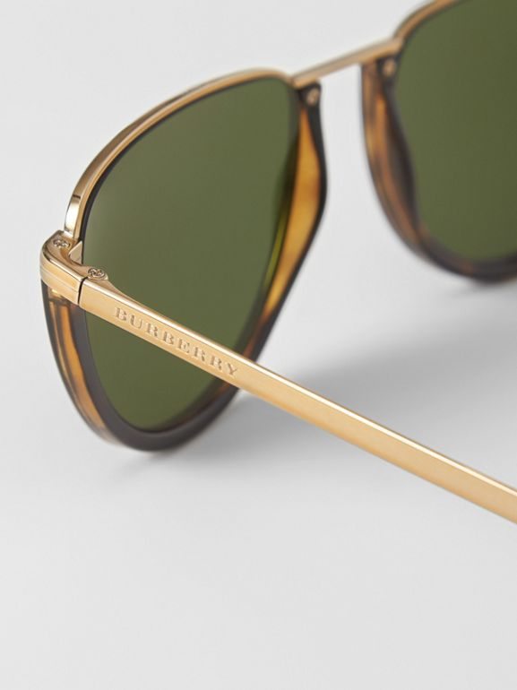 Half Moon Pilot Round Frame Sunglasses in Tortoise Shell - Women | Burberry United Kingdom - cell image 1