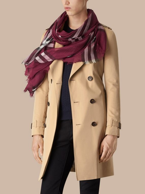 Lightweight Check Wool and Silk Scarf in Plum | Burberry - cell image 3