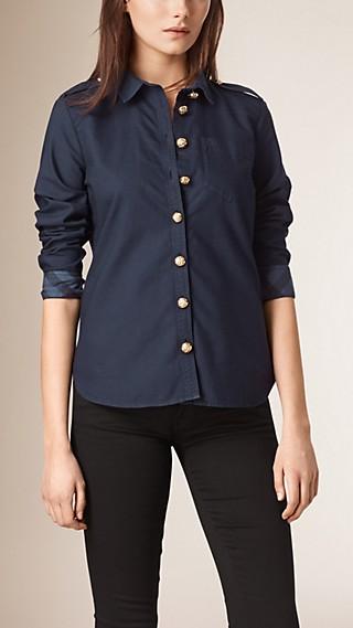 Chemise ajustée de style militaire en coton à motif check