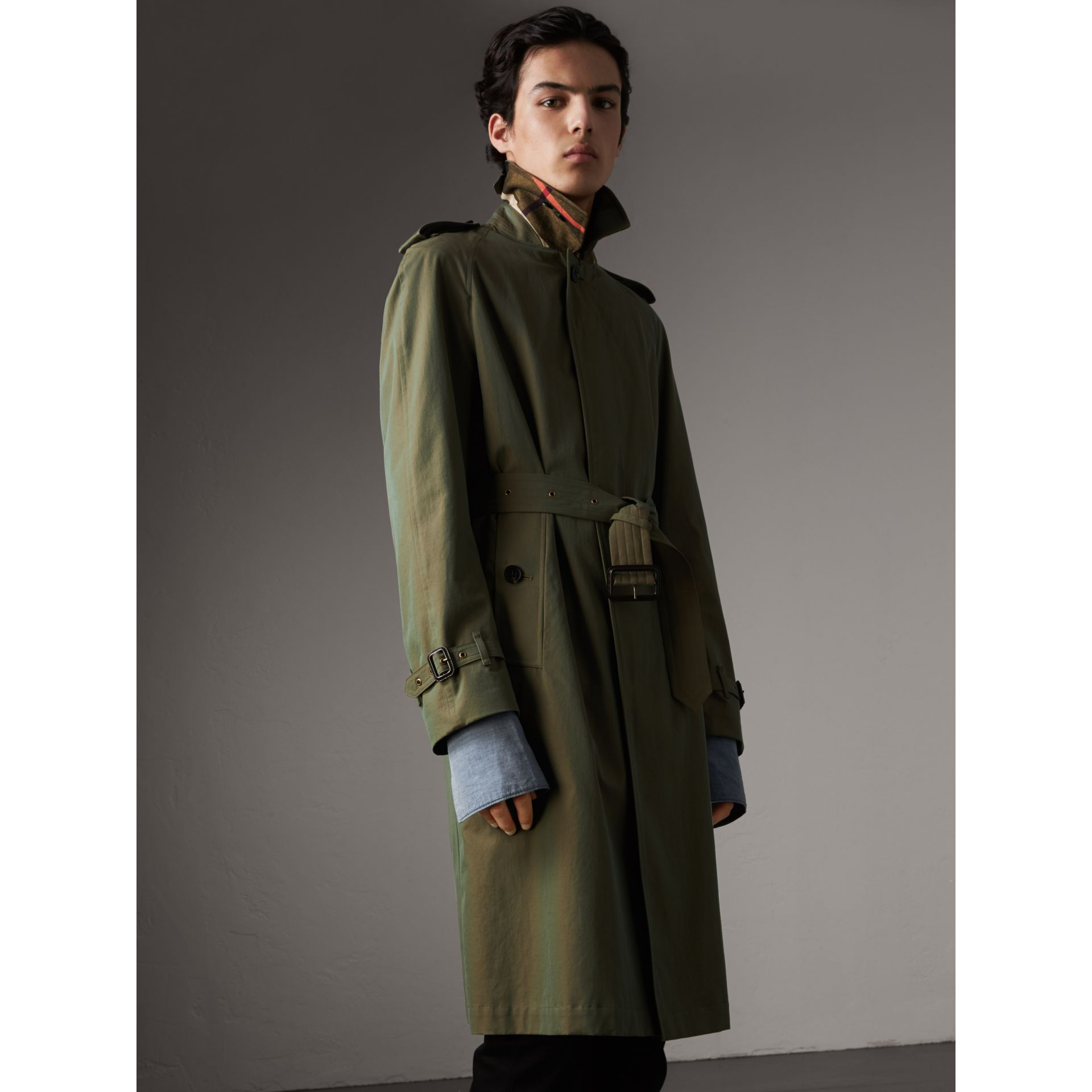Oversize Storm Shield Tropical Gabardine Trench Coat in Bright Olive - Men | Burberry - gallery image 6