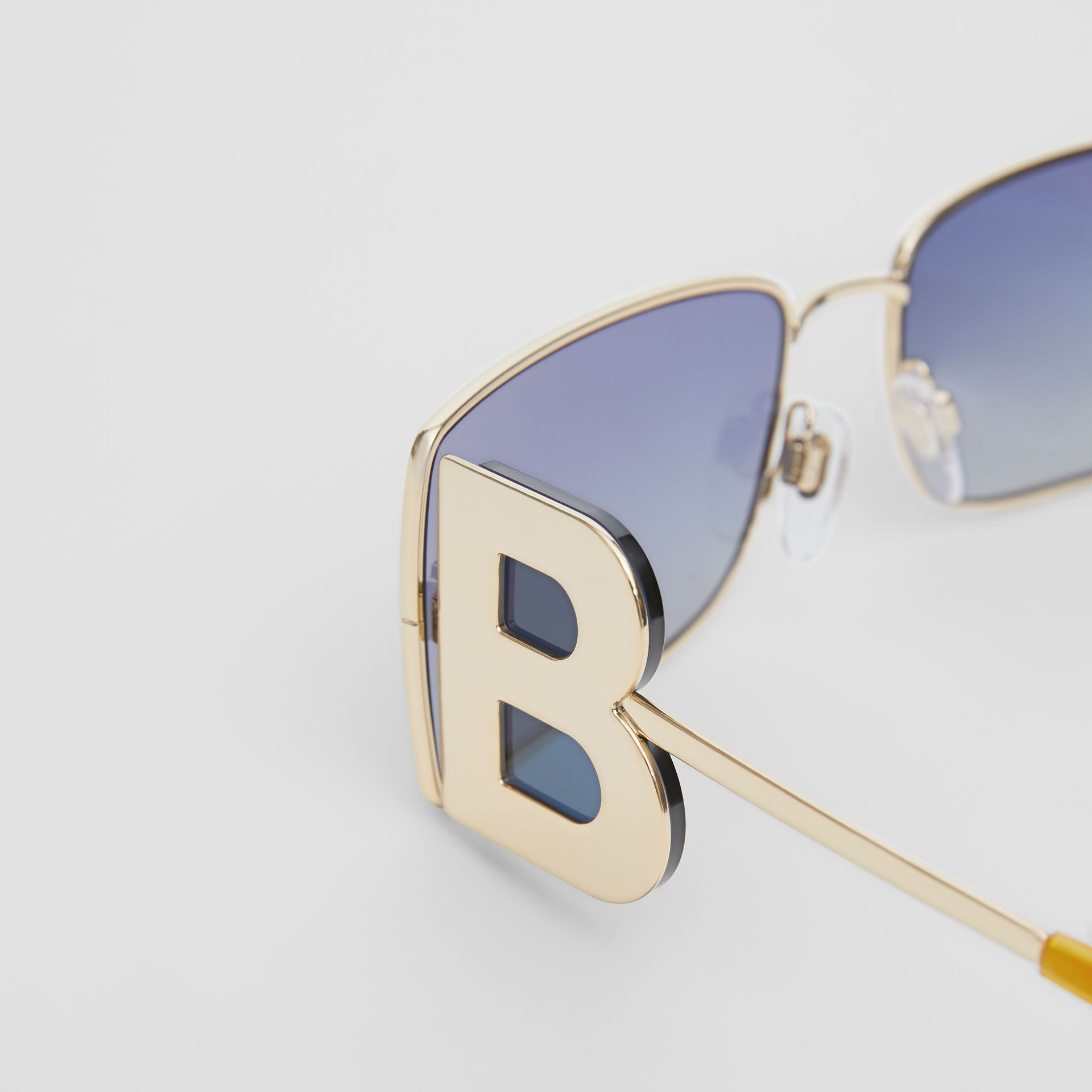 'B' Lens Detail Rectangular Frame Sunglasses in Tortoiseshell - Women | Burberry - gallery image 1
