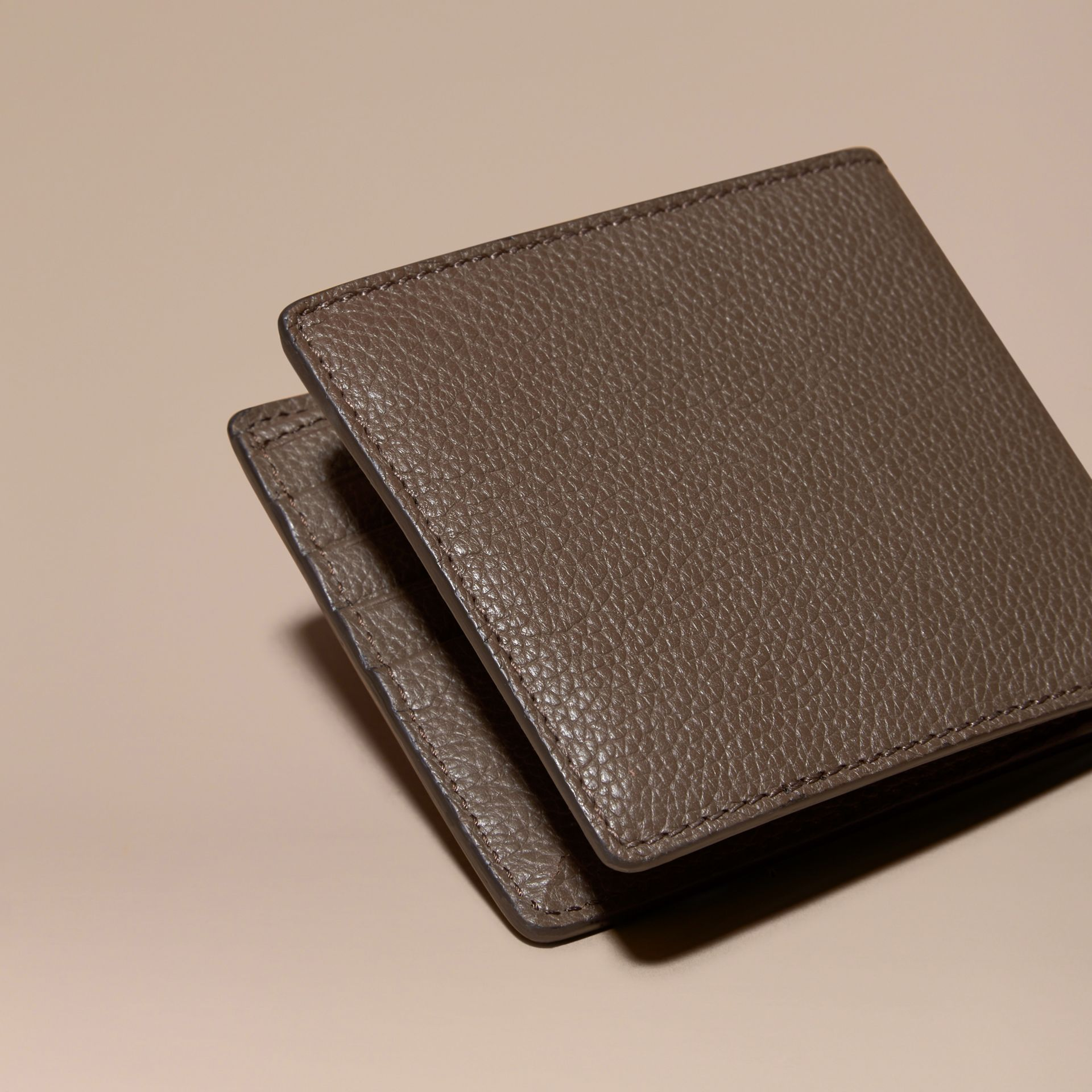 Deep taupe brown Leather Folding Wallet Deep Taupe Brown - gallery image 4