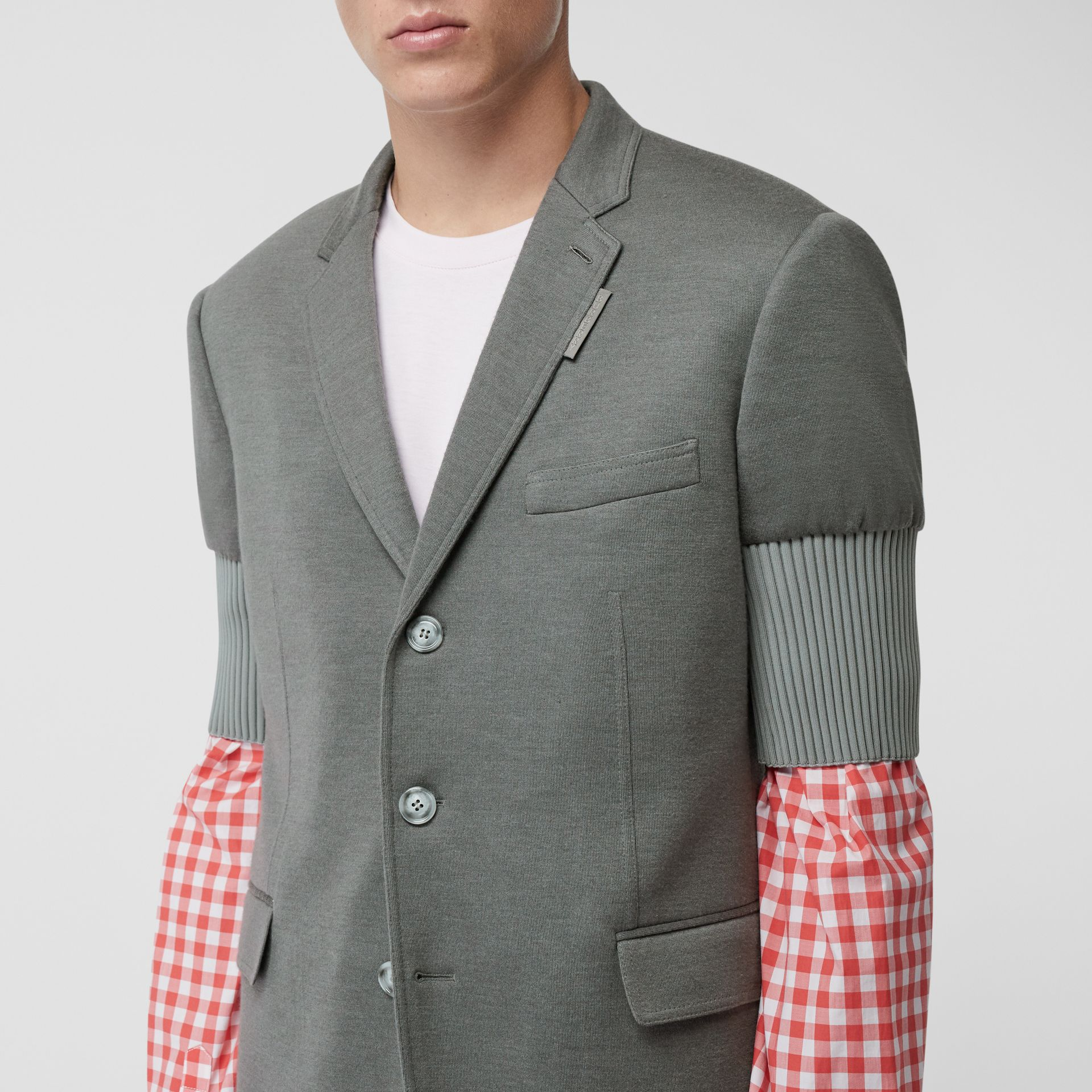 Slim Fit Panelled-sleeve Cashmere Silk Jersey Blazer in Cloud Grey | Burberry - gallery image 4