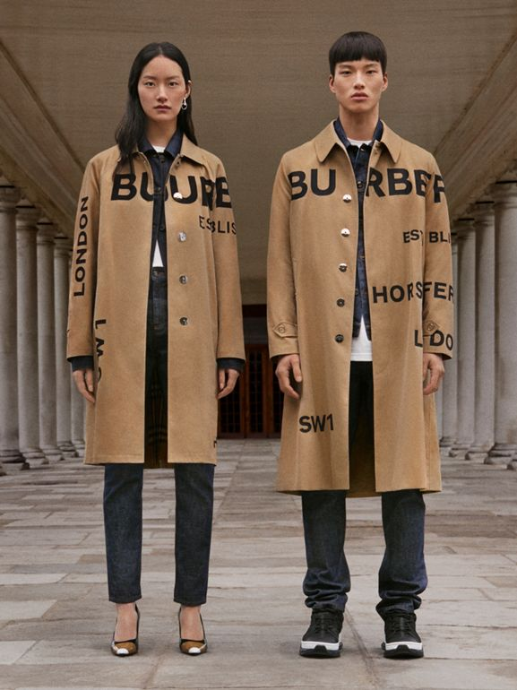 Car coat in gabardine di cotone con stampa Horseferry (Miele) - Donna | Burberry - cell image 1
