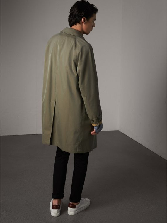 The Camden – Long Car Coat in Chalk Green - Men | Burberry Singapore - cell image 2