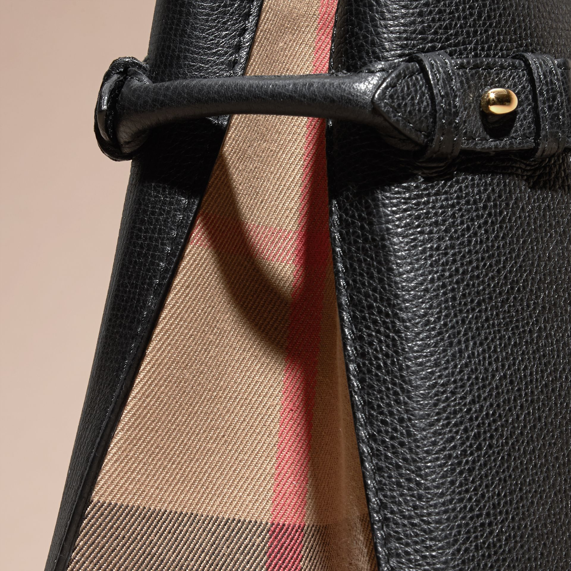 The Medium Banner in Leather and House Check in Black - Women | Burberry - gallery image 2