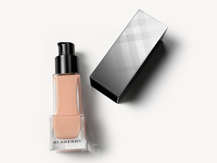 Fresh Glow Foundation SPF 15 PA+++ – Ochre No.20