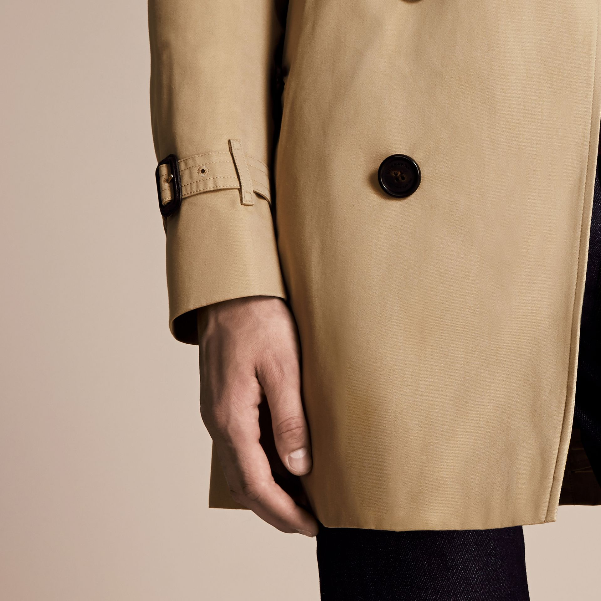 Miele The Sandringham - Trench coat Heritage medio Miele - immagine della galleria 7