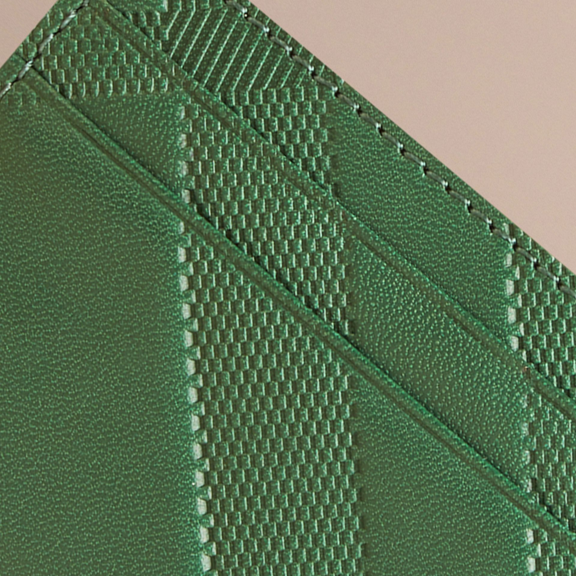 Bright forest green Check Embossed Leather Card Case Bright Forest Green - gallery image 2