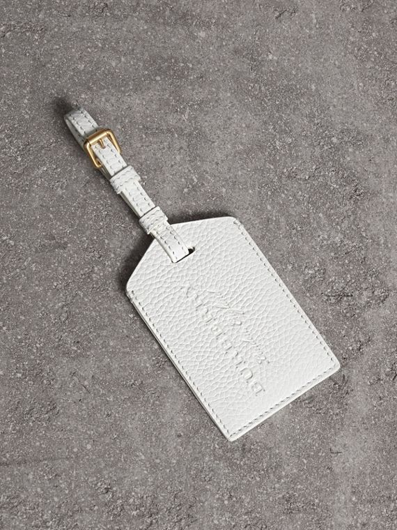 Grainy Leather Luggage Tag in Chalk White