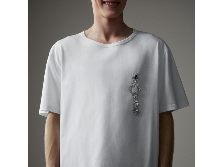 Boxy Fit T-shirt with Crystal Brooch in Optic White - Men | Burberry - cell image 4