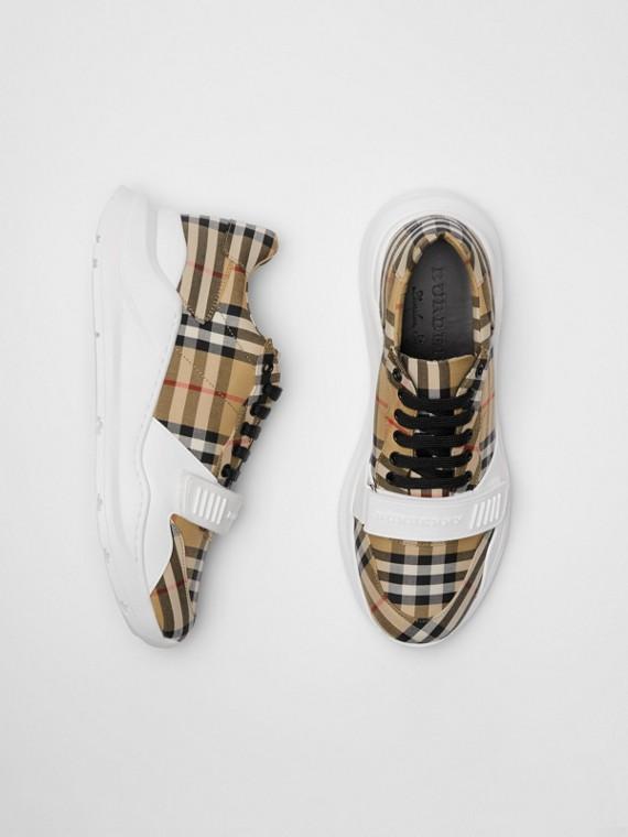 Sneaker in cotone con motivo Vintage check (Giallo Antico)