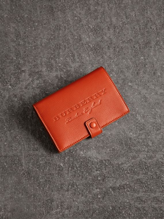 Embossed Grainy Leather Folding Wallet in Dark Clementine