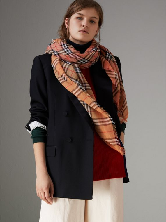 Two-tone Vintage Check Cotton Square Scarf in Coral Rose