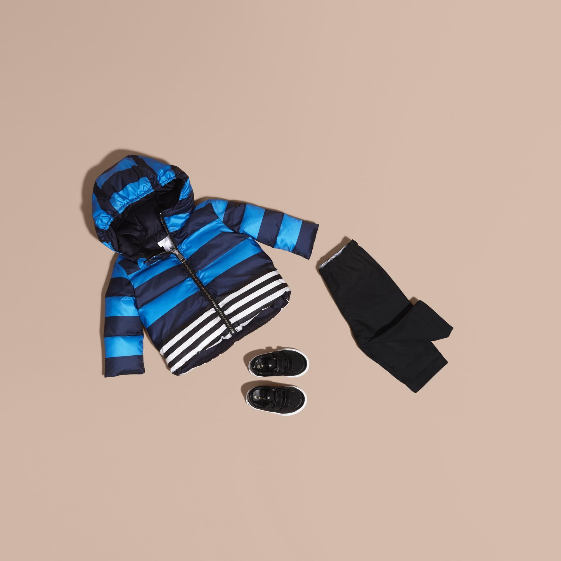 Bleu encre Doudoune longue réversible rembourrée en duvet - photo de la galerie 1