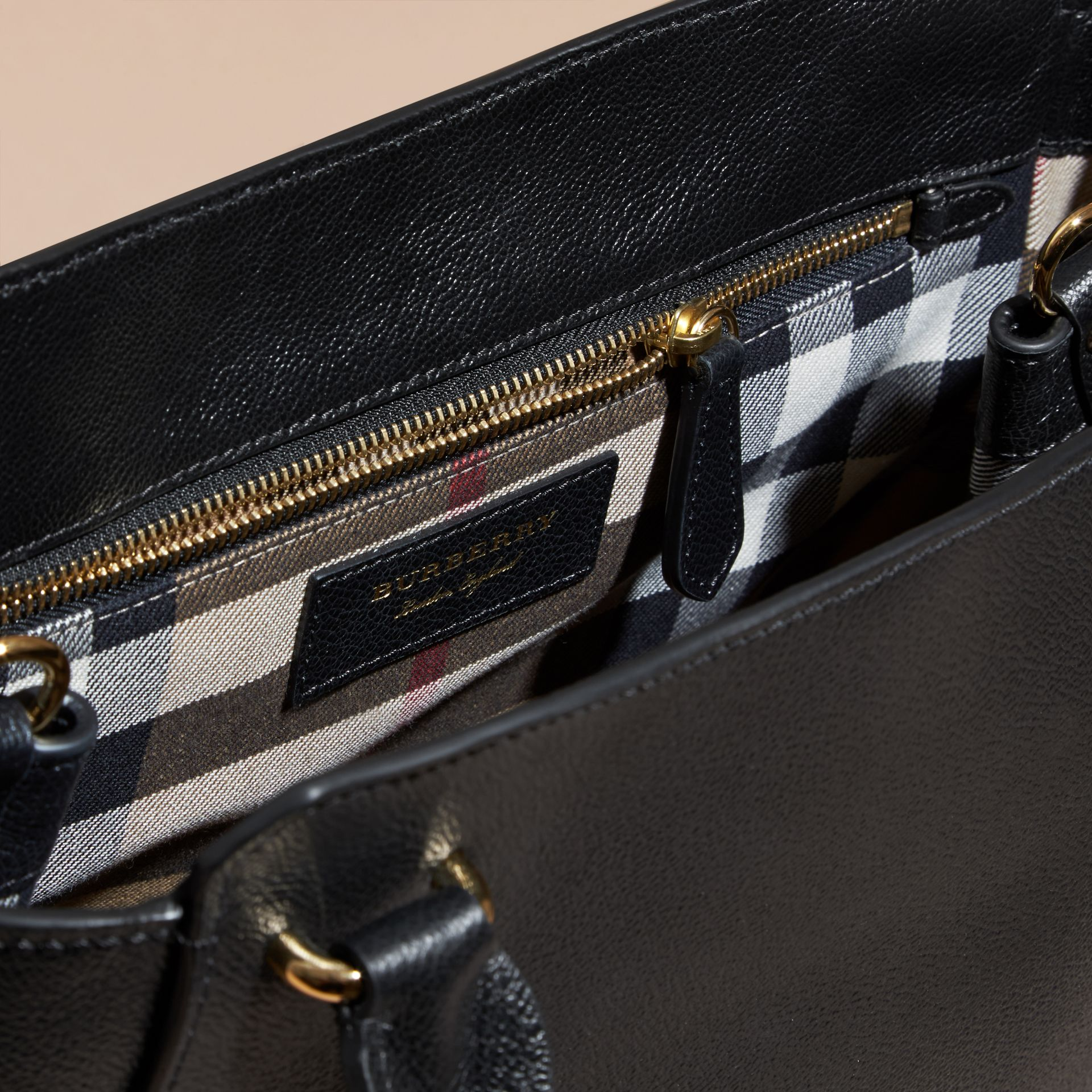 The Medium Buckle Tote in Grainy Leather Black - gallery image 6
