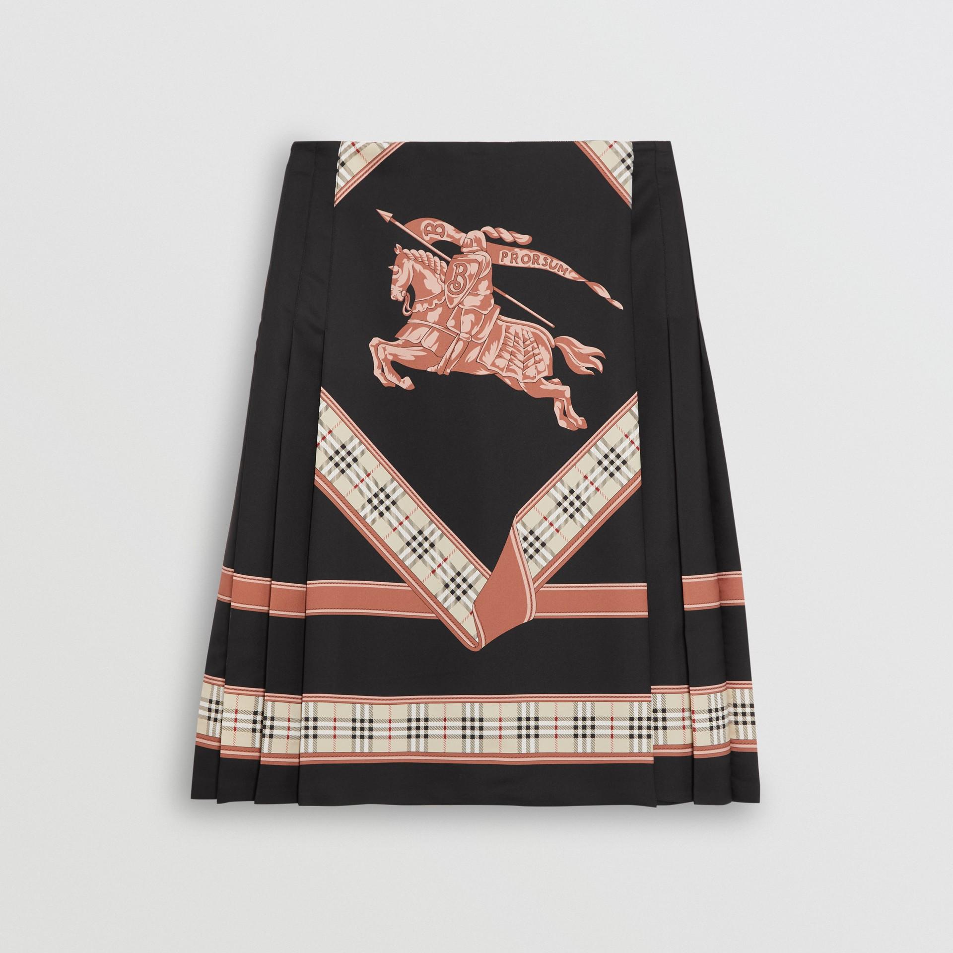 典藏圍巾印花蘇格蘭裙 (多色) - 女款 | Burberry - 圖庫照片 3