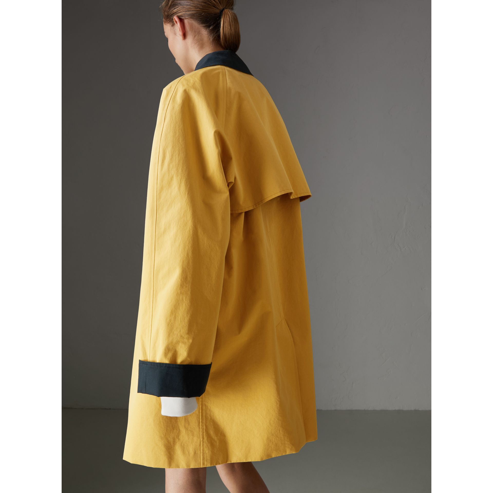 Reissued Waxed Cotton Gabardine Car Coat in Yellow - Women | Burberry Singapore - gallery image 2