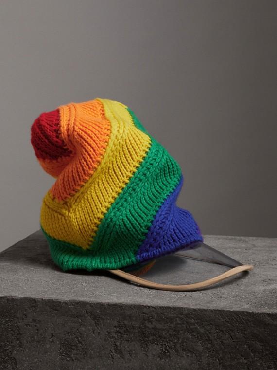 Cappellino con visiera in lana e cashmere con colori arcobaleno