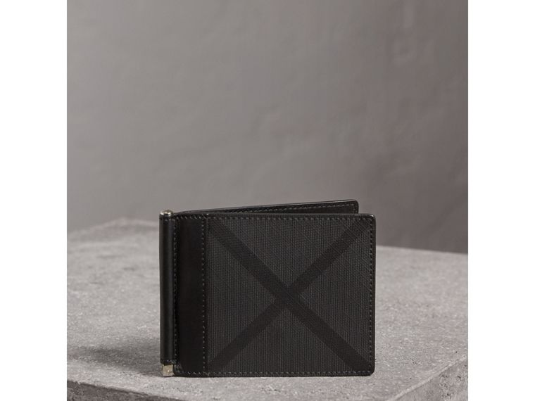 London Check Money Clip Wallet in Charcoal/black - Men | Burberry - cell image 4