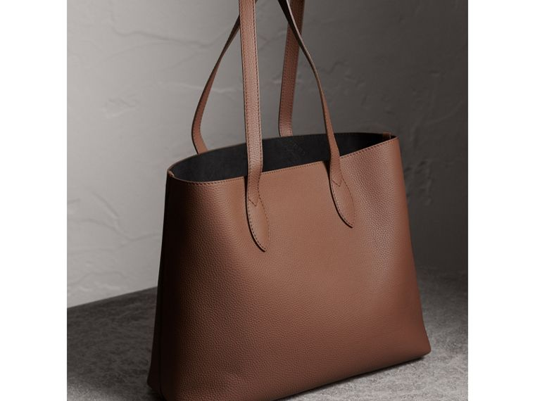 Large Embossed Leather Tote in Chestnut Brown | Burberry - cell image 4
