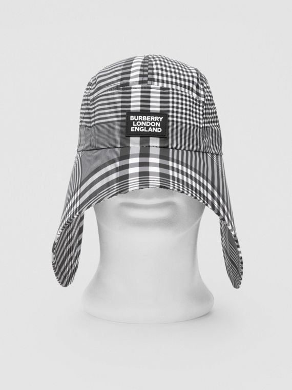 Logo Appliqué Check Bonnet Cap in Black/white